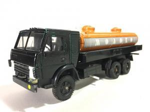 Модель  АРЕК КАМАЗ 53212 Молоковоз