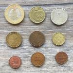 Набор монет   иностранных государств 9 шт. Цена за все