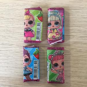 Жевательная резинка 2020 Конфитрейд Куклы LOL, некондиция, 4 шт. цена за все